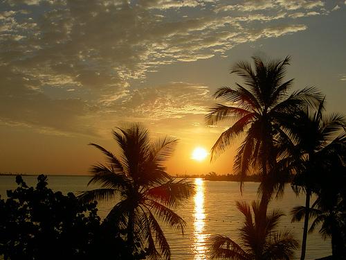 Красивейший закат на Багамах