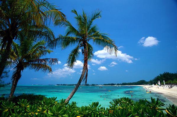 Голубая лагуна на Багамах