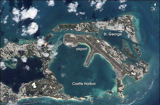 Вид на Бермуды сверху