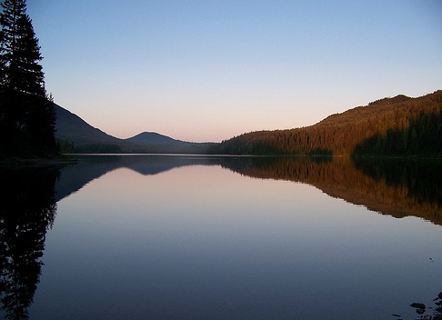 Вечер на канадском озере Онтарио