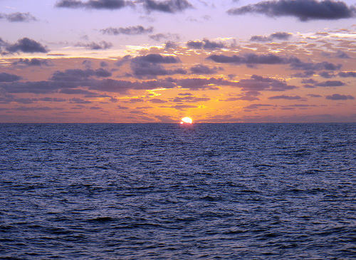 Закат над океаном в Клиппертоне