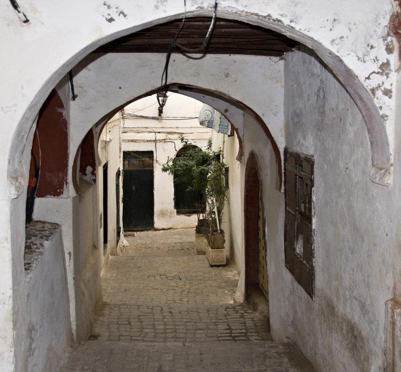 Алжир. Ксаба. Арка перед входом в дом