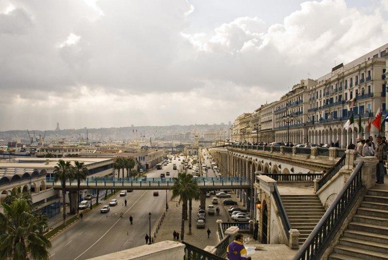 Алжир. Вид на набережную Алжира