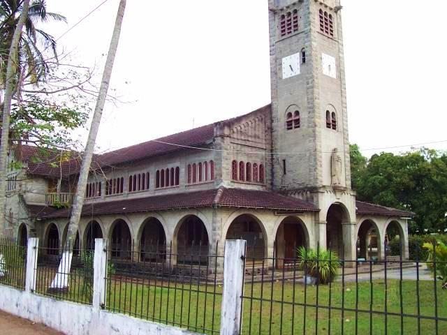 Габон. Церковь