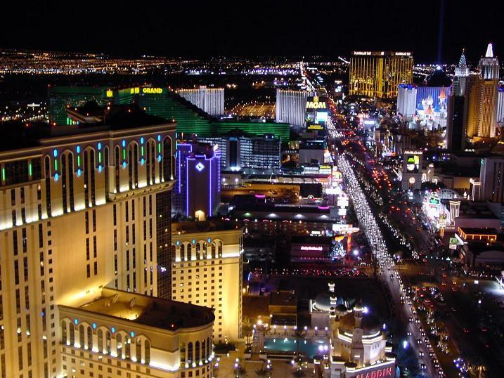 Ночный вид Лас-Вегаса