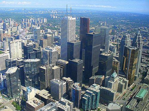 Крупнейший город канады торонто