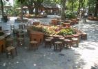 Вход в кафе на Баюк Чамлыджа