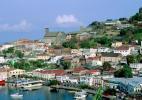 Вид сверху на городок в Гренаде