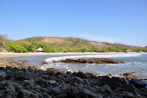 Каменистое побережье Никарагуа